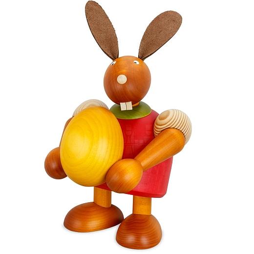 Maxi Hase rot mit Ei 24 cm