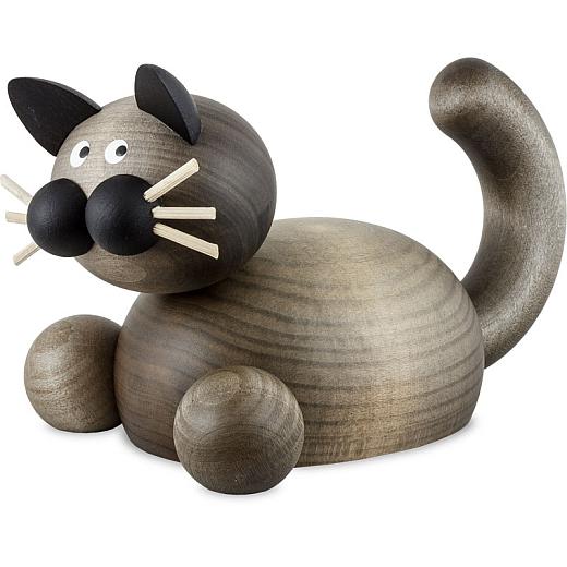 Katze Karli auf der Lauer groß