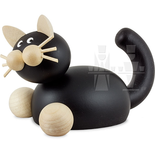 Katze Hilde auf der Lauer groß