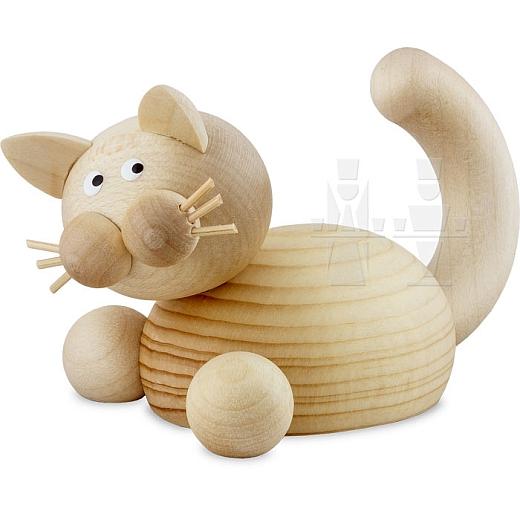 Katze Moritz auf der Lauer