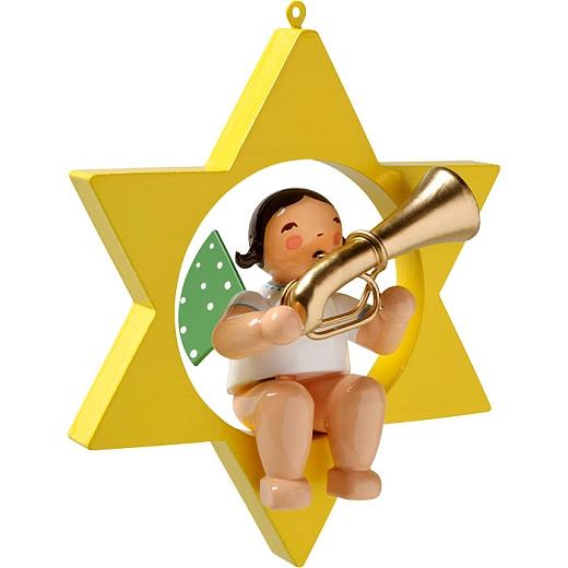 Engel mit Basstrompete im Stern