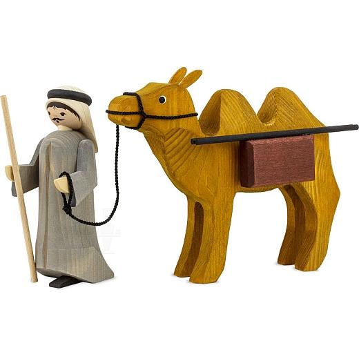 Treiber und Kamel mit Paketen 13 cm gebeizt