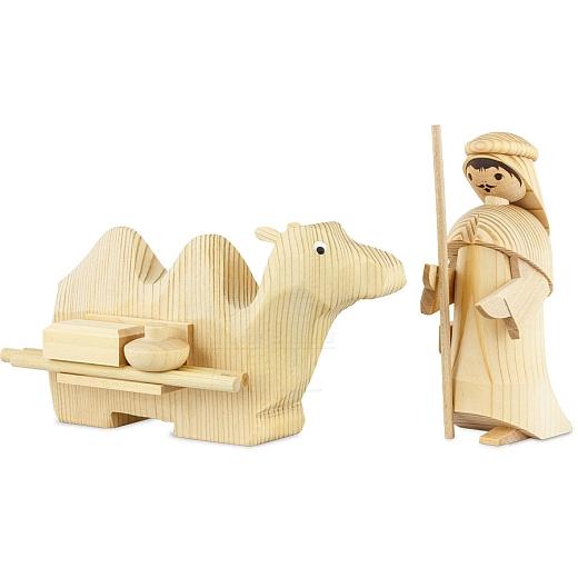 Treiber mit liegendem Kamel 13 cm natur