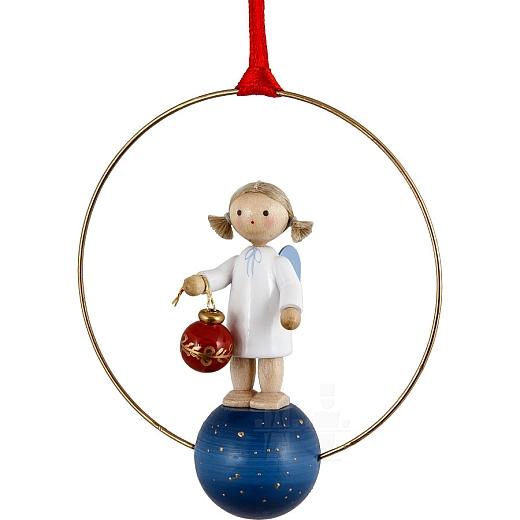 """Weihnachtsschmuck """"Engel mit Christbaumkugel"""""""