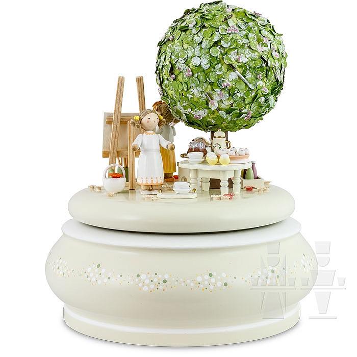 flade spieldose der alte apfelbaum im fr hling. Black Bedroom Furniture Sets. Home Design Ideas