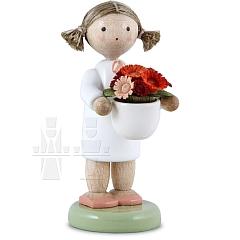 Mädchen mit Blumenschale