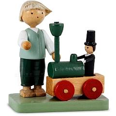 Junge mit Lokomotive