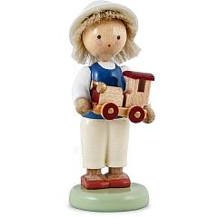 Junge mit Spielzeugauto