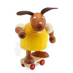 Hase gelb mit Skateboard 11 cm