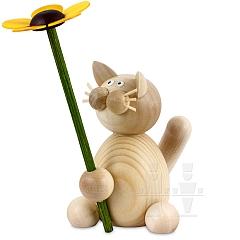 Katze Moritz mit Blume