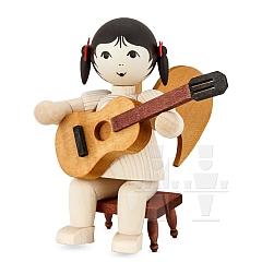 Schleifenengel mit Gitarre auf Hocker gebeizt