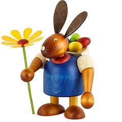 Maxi Hase blau mit Kiepe und Blume 24 cm