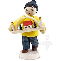 Erzgebirgsverkäufer Junge mit Schwibbogen gebeizt