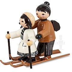 Skianfängerpaar braun