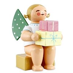 Engel klein mit Geschenken von Wendt & Kühn