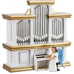 Langrockengel farbig an der Orgel mit Spielwerk