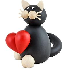 Katze Hilde mit Herz groß