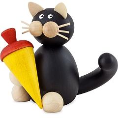 Katze Hilde mit Schultüte