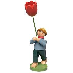 Junge mit Tulpe