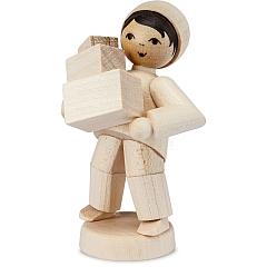 Weihnachtspost Junge mit Paketen natur von Ulmik