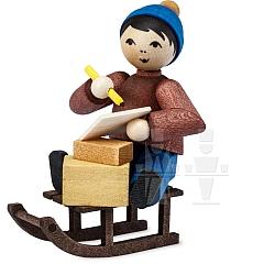 Weihnachtspost Junge auf Schlitten gebeizt von Ulmik