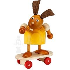 Hase gelb auf Skateboard 7 cm