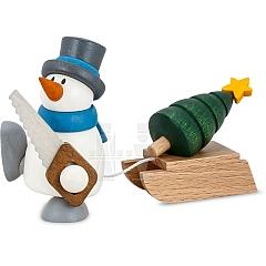 Schneemann Otto mit Schlitten und Bäumchen