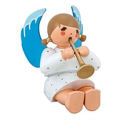 Engel sitzend mit Flöte weiß