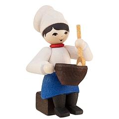 Plätzchenbäckerin mit Schüssel gebeizt von Ulmik